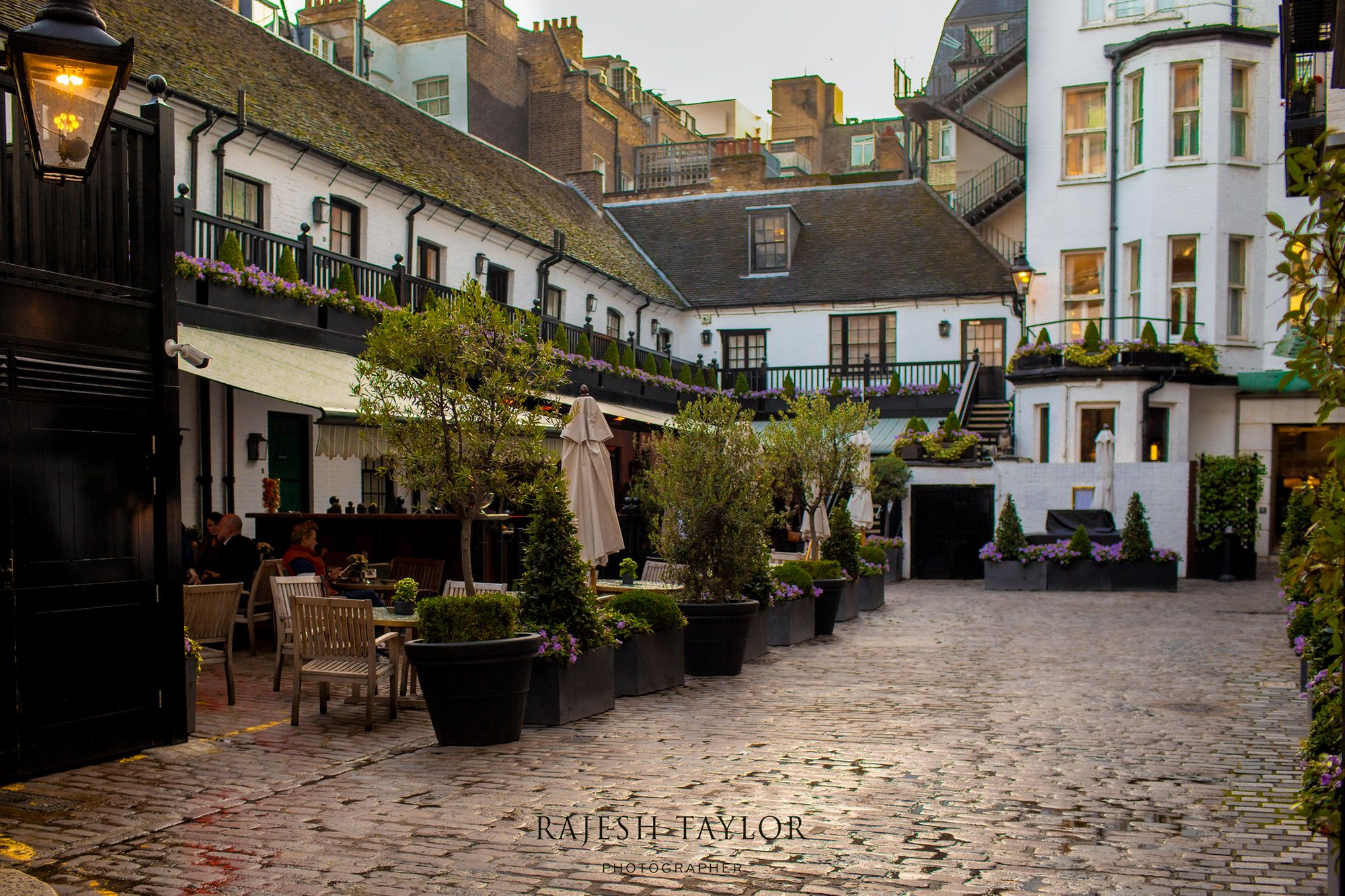 The Stafford Hotel's American Bar leads into the heated courtyard © Rajesh Taylor