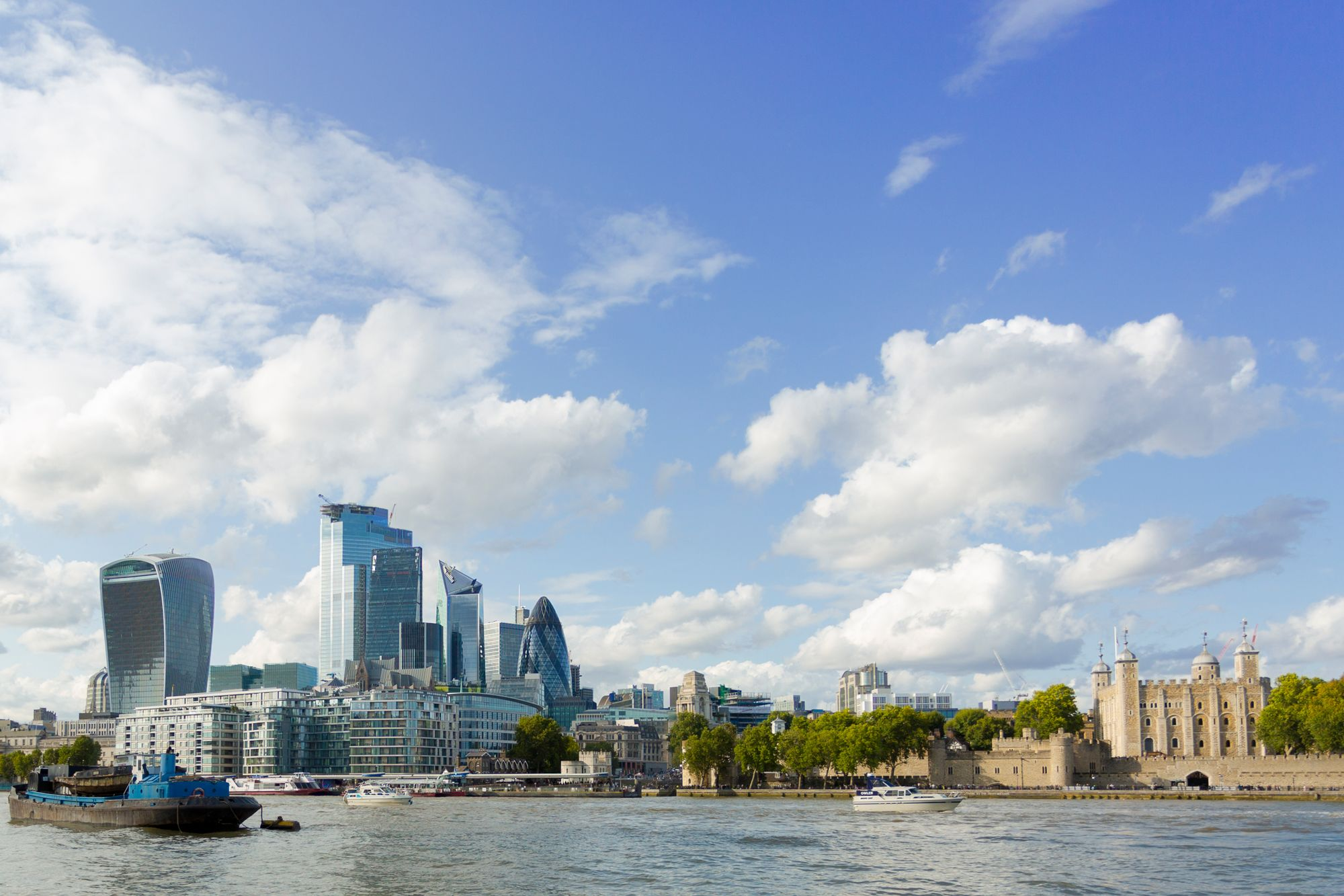 (Left) The City of London (Right) The Tower of London © Rajesh Taylor