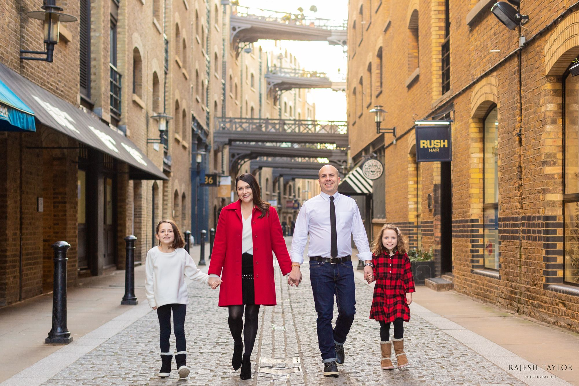 Dr Who Family Adventures at Shad Thames © Rajesh Taylor