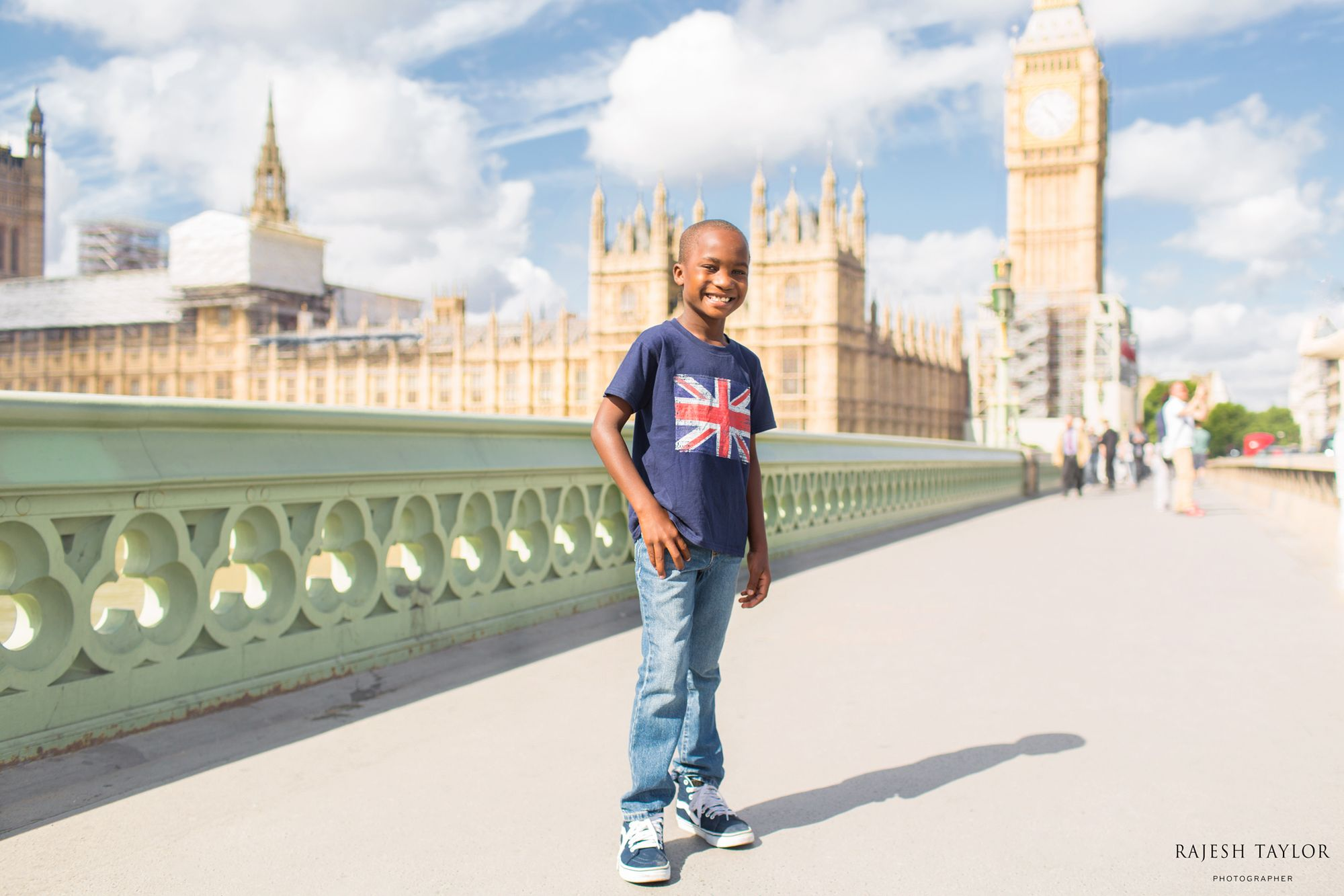 Westminster Bridge towards Elizabeth Tower & Houses of Parliament © Rajesh Taylor