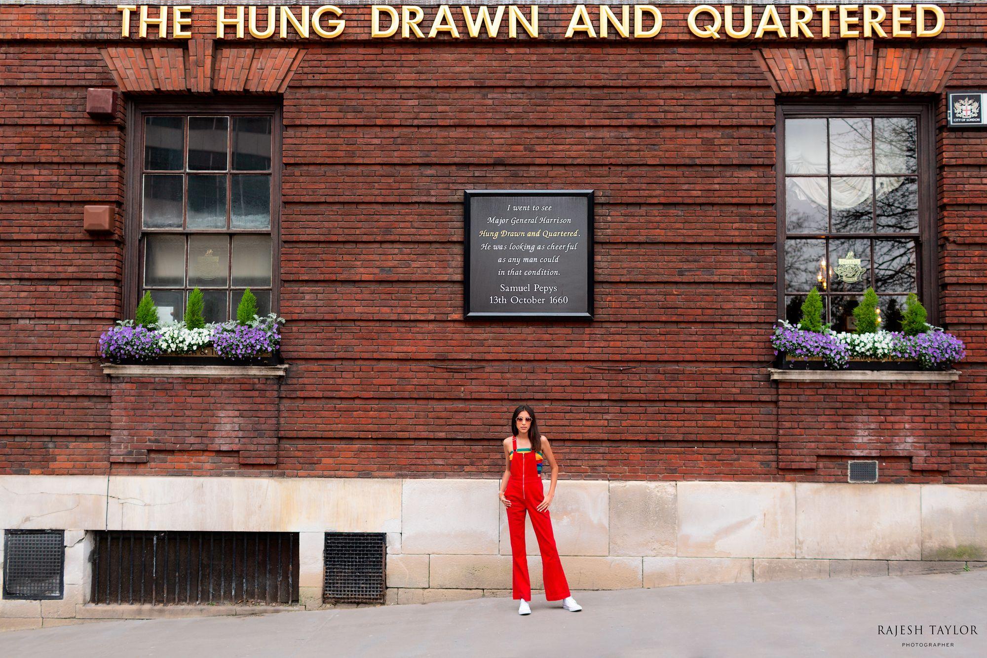 Hung Drawn & Quartered Pub, Great Tower Street © Rajesh Taylor