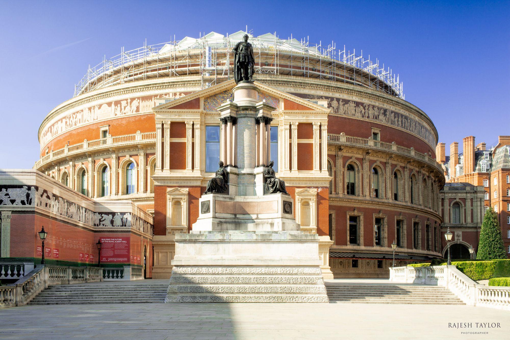 Royal Albert Hall © Rajesh Taylor