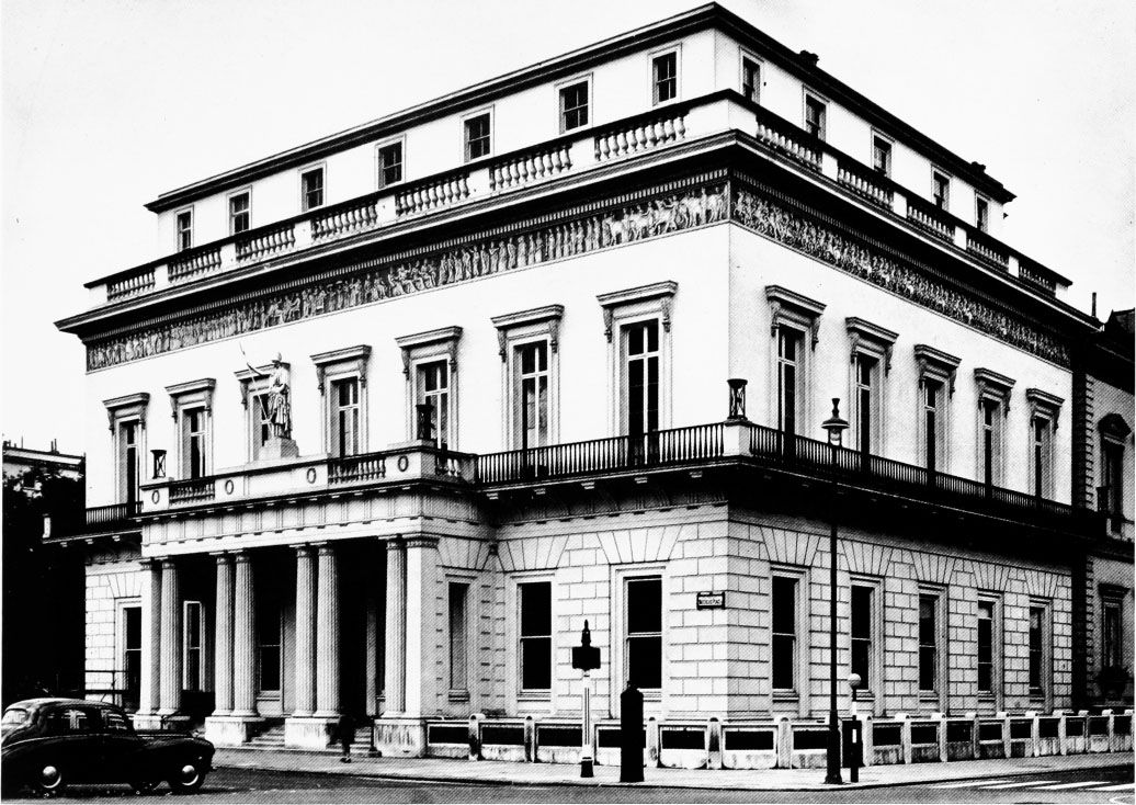 The Athenaeum Club, corner of Waterloo Place and Pall Mall: TE Collcutt, Surveys of London